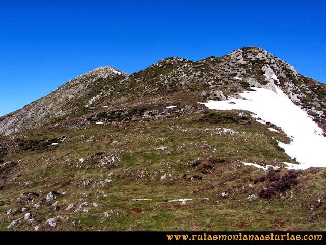 Ruta al Pico Pierzu: Subiendo a las antecimas del Pierzu