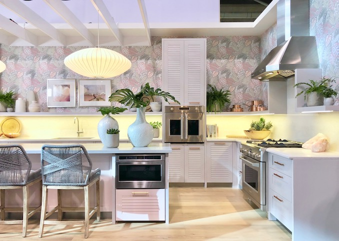 When Asked To Design Her Dream Kitchen, Sarah Zoomed In To One Idea:  Relaxing Resort Living With Fresh Ideas And Tropical Flair.
