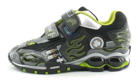 Kinderschoenen Merken.Schoenen Met Lampjes Voor Meisjes En Jongens Schoenen 2019