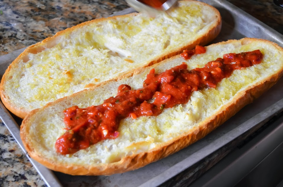 Combination-French-Bread-Pizza-Marinara.jpg