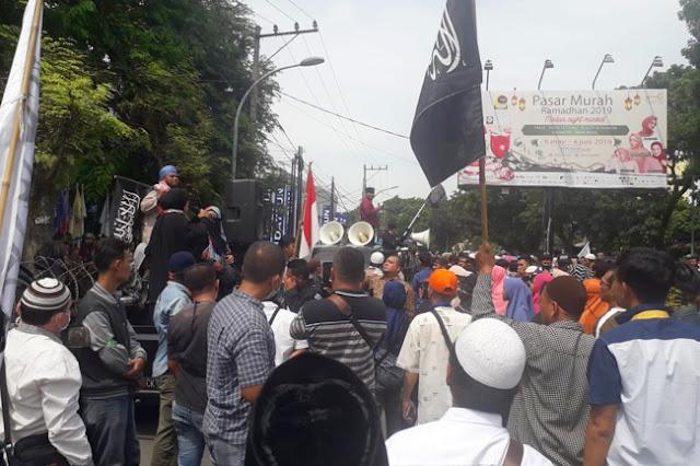 Bawaslu Sumut Diminta Diskualifikasi Jokowi-Ma'ruf