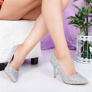 Pantofi Mouline cu gliter argintiu eleganti