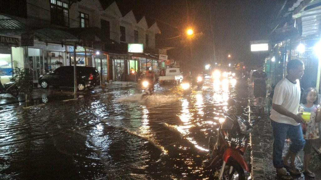 Diguyur Hujan, Pusat Kota Banda Aceh Tergenang