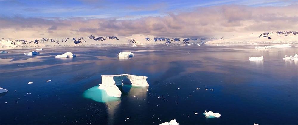 Magnífico Imágenes aéreas de la Antártida tomadas por Kalle Ljung