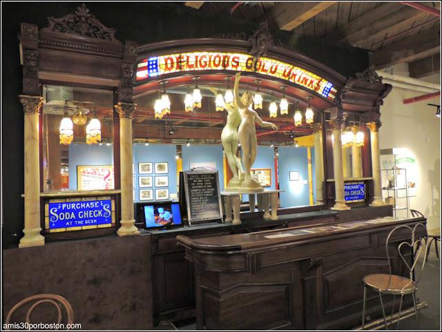 Agora Restaurant & Ice Cream Parlor