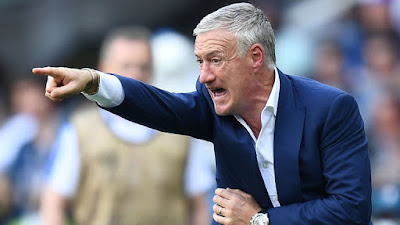 As a player and as a coach: Didier Deschamps becomes fourth