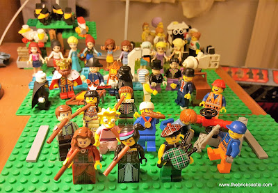 LEGO 12 Days Of Christmas 11 Pipers Piping bagpipes minifigures