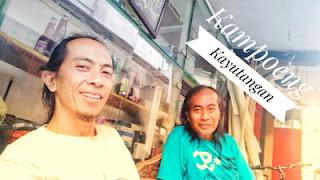 Miing dan Matt Dolan di Kampung Kayutangan