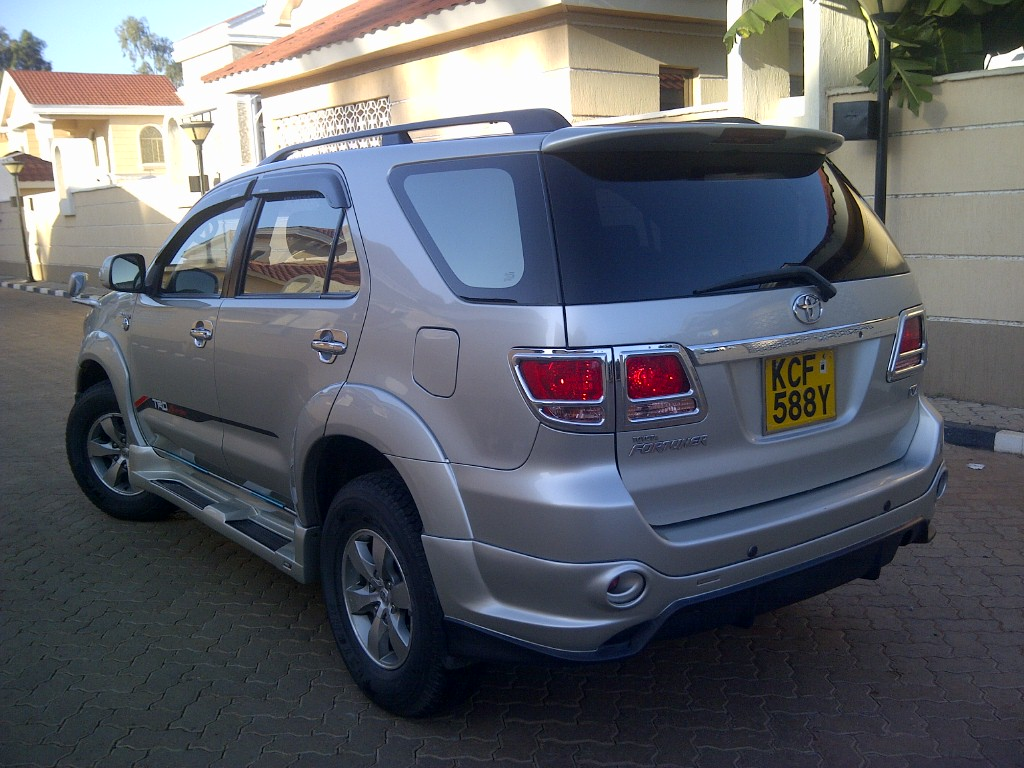 Kelebihan Toyota Fortuner 2008 Tangguh