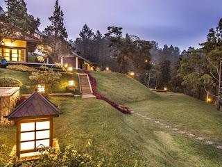 Malam Hari di Bungalow Puncak Passa Resort