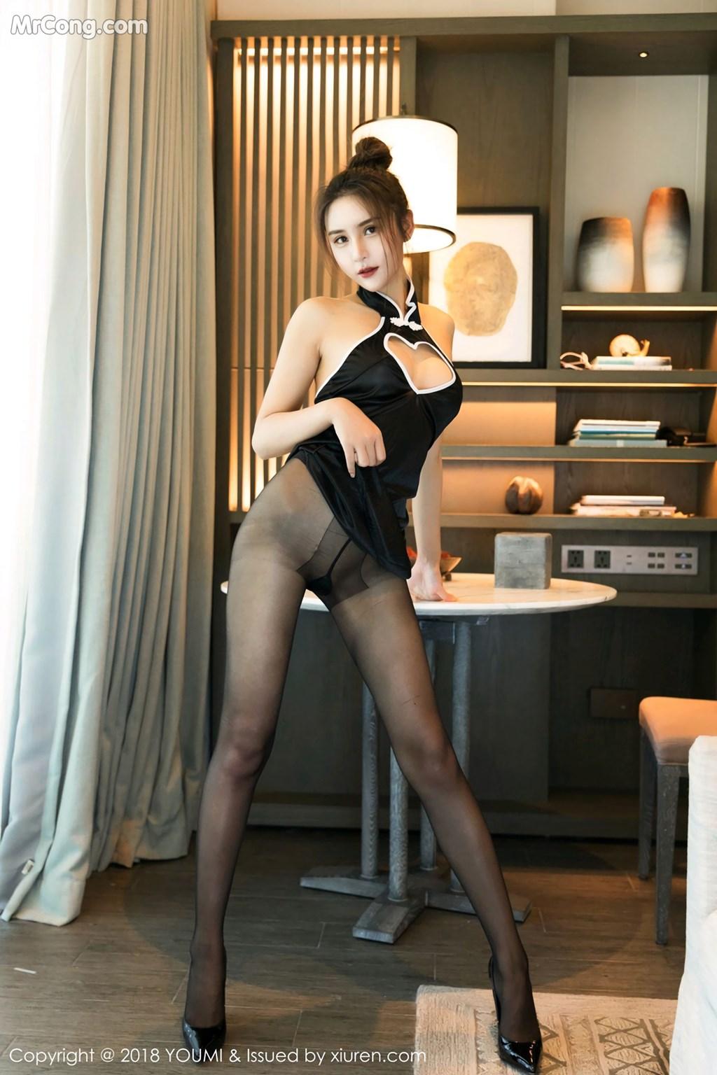 Image YouMi-Vol.233-SOLO-MrCong.com-001 in post YouMi Vol.233: Người mẫu SOLO-尹菲 (46 ảnh)