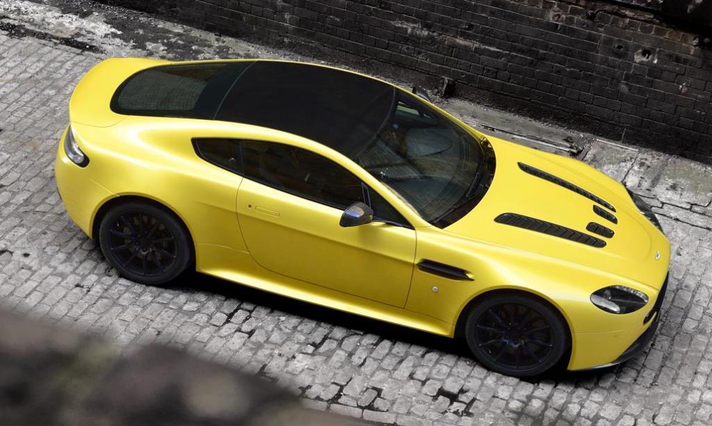 El Mas Salvaje De La Manada Aston Martin Vantage V12 S Autoblog