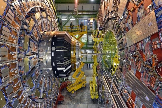 Super Hedron Collider