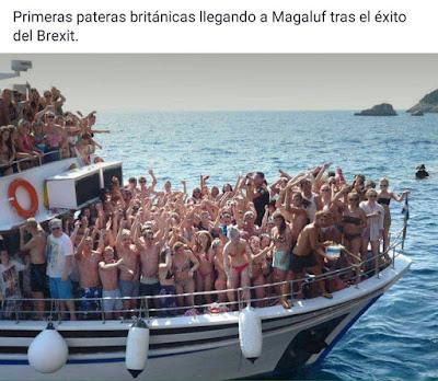 Primeras pateras británicas llegando a Magaluf tras el éxito del Brexit