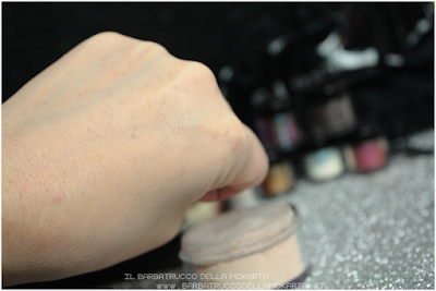 swatches  FONDOTINTA MINERALE PHIBEST 2,5P OVER LIGHT PEACH