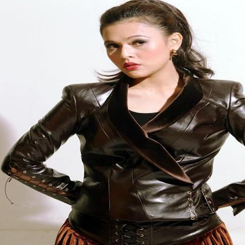 Zarina Al Qadry - Mengharap Cinta MP3