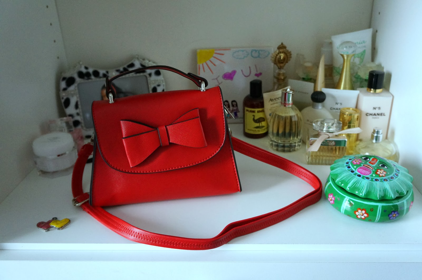 red mini purse with bow