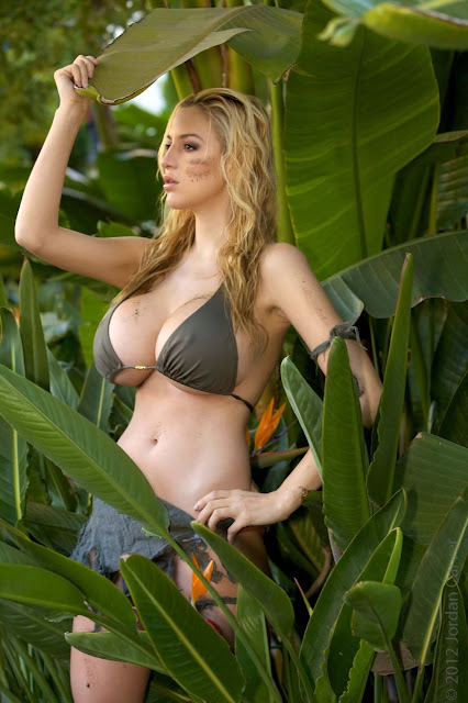 Jordan-Carver-Schungel -hot-sexy-photoshoot-Image-19