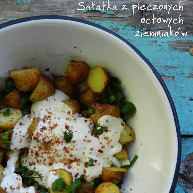Sałatka z pieczonych octowych ziemniaków
