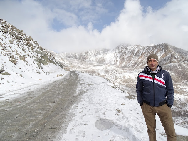 Snow at Khardung La Pass