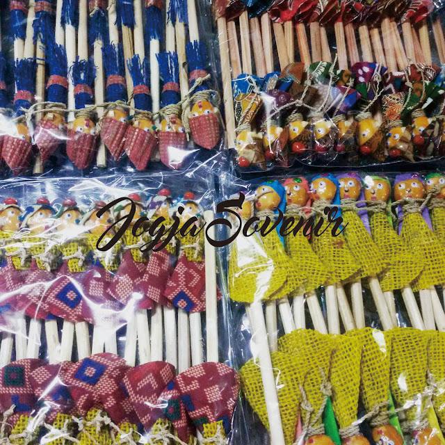 souvenir pernikahan pensil