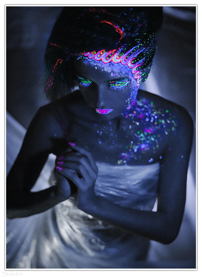 фотосессия с ультрафиолетовыми красками