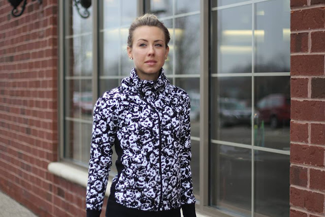 lululemon fleur-sombre cozy-cuddle-up-jacket