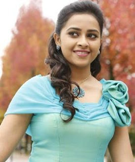 Sri Divya Family Husband Parents children's Marriage Photos