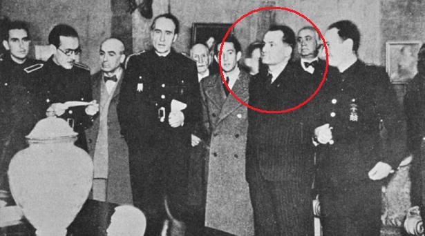 Demetrio Carceller (círculo rojo) Ministro de Franco