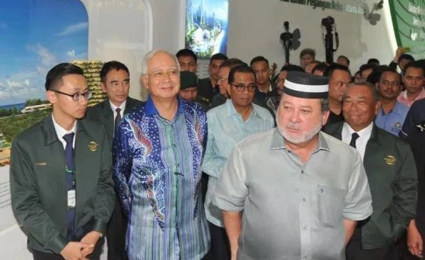 Kisah Sebenar Sultan Johor Tak Mahu Salam Najib