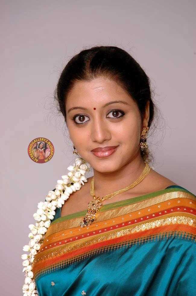 Actress Hd Gallery Gopika Malayalam Actress Saree Hot -3426