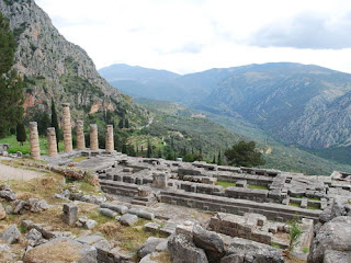 archeological setting Delphi