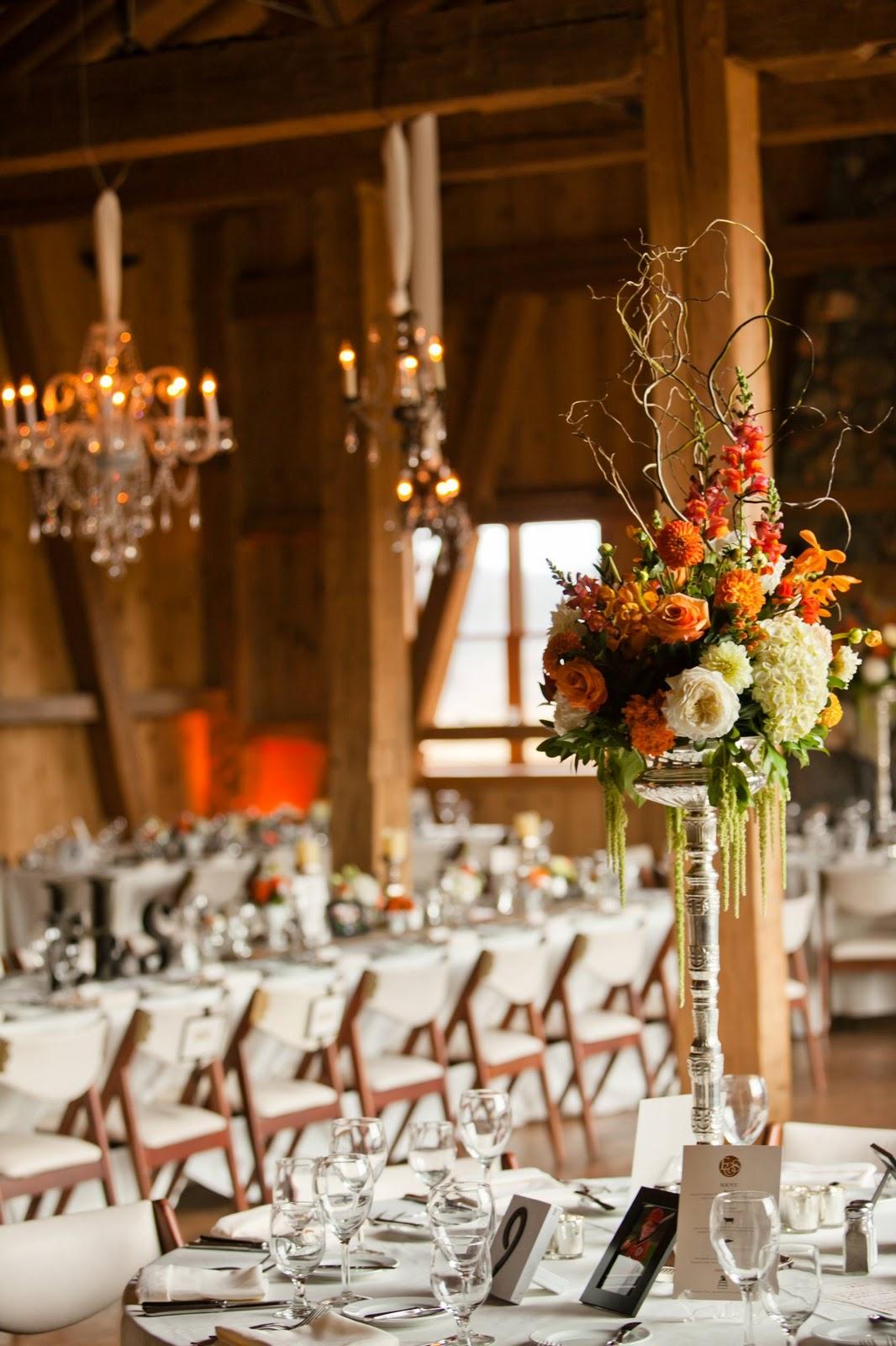TRENDS WEDDING: {Real Wedding} Rustic VintageWedding ...