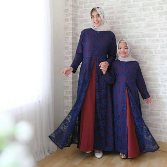 Variasi Model Busana Muslim Brokat dan Polos Terbaru 2019