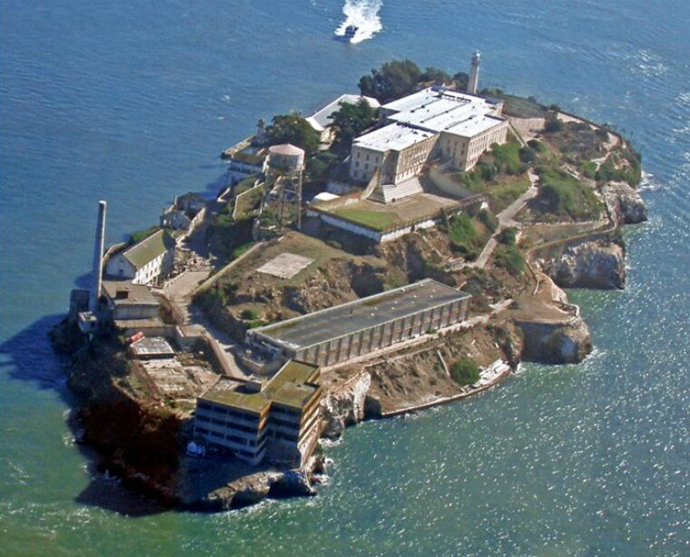 Alleged Alcatraz Escapee Sent Letter To FBI 50 Years Later Informing Them That He Survived