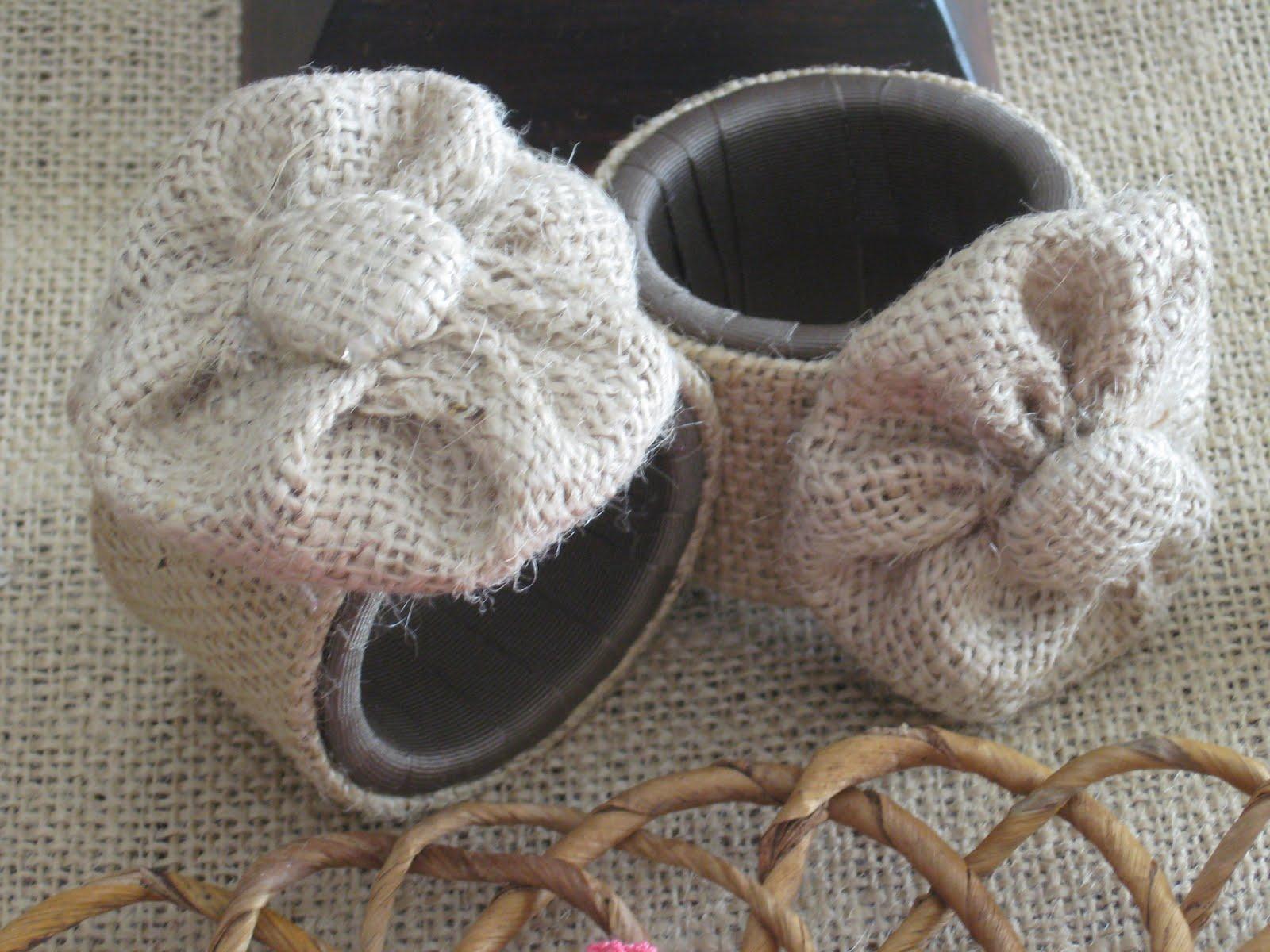 Burlap Flower Napkin Rings | Using Burlap In Your Tablescape