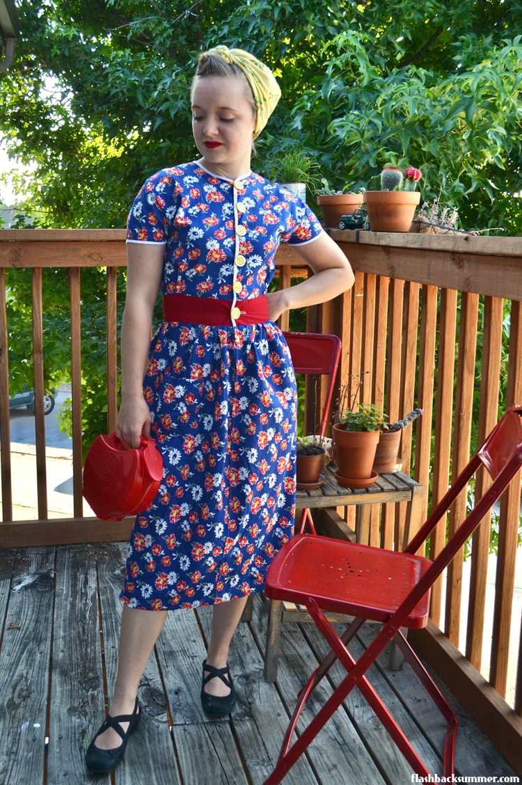 Casual Vintage Style for Chores & Lounging