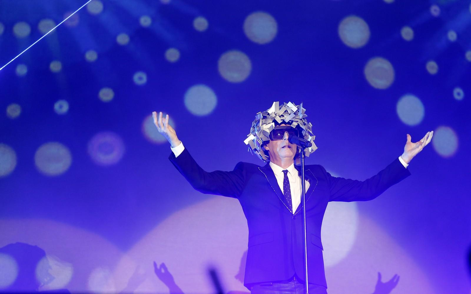 Dupla Pet Shop Boys desmente assalto à mão armada por travestis no Rio de Janeiro
