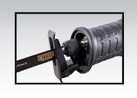 Piła szablasta 710 W Niteo Tools z Biedronki