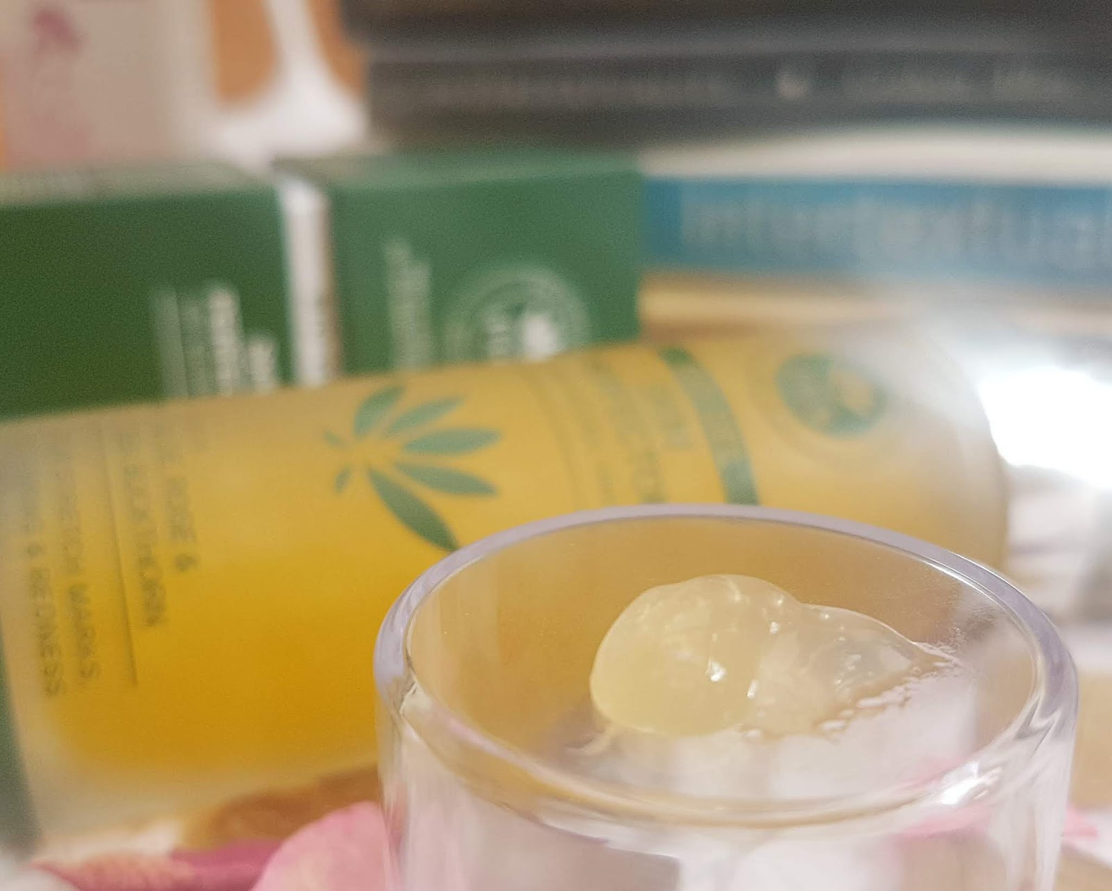 PHB Skin Perfector Bio Gel texture