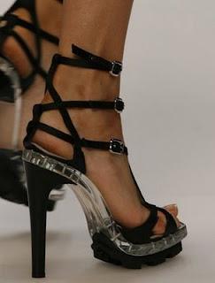 topuklu-sandalet-moda