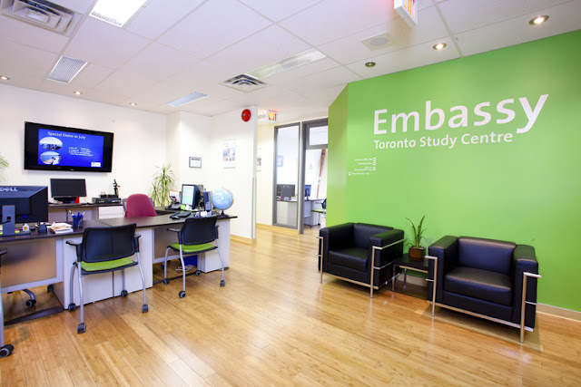 Embassy English em Toronto