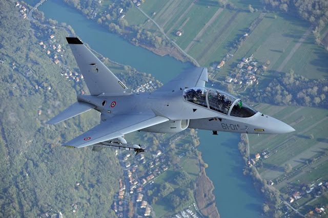 Italian Air Force training Austrian pilots