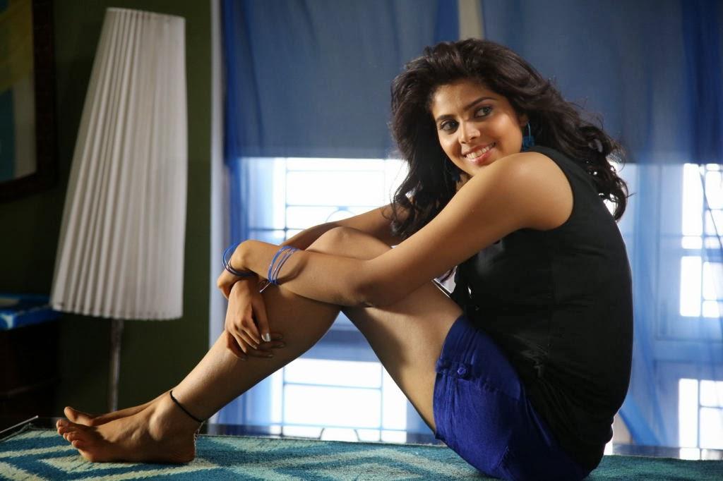 Free online movie vaishali 2011 telugu - 3 1