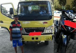Terjadi laka lantas antara truck vs sepeda motor