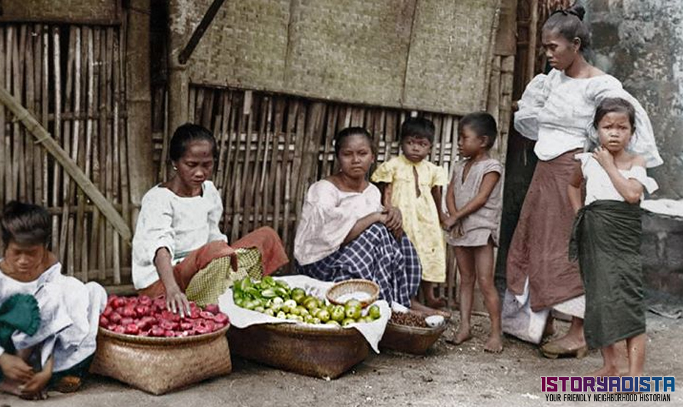 Fruit sellers at Tondo (c1900s)