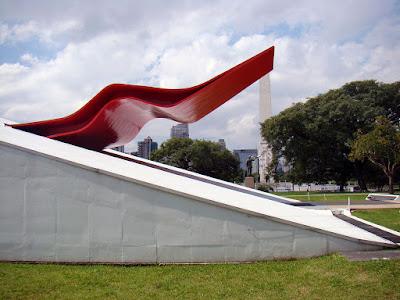 Auditório Ibirapuera recebe maratona de shows gratuitos em junho