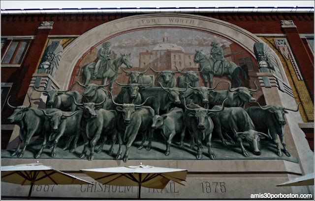 Chisholm Trail Mural Building en Sundance Square, Fort Worth