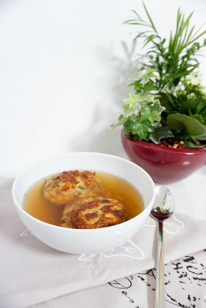 Kaspressknödel-Suppe