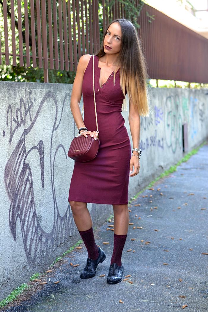 abito burgundy